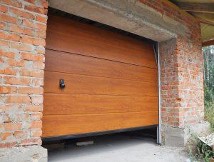 Portes de garage: évaluer son budget