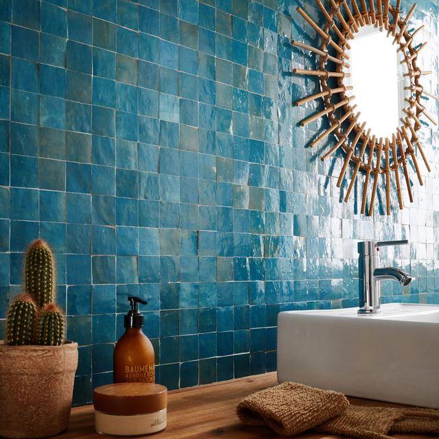 salle de bains en mosaïque